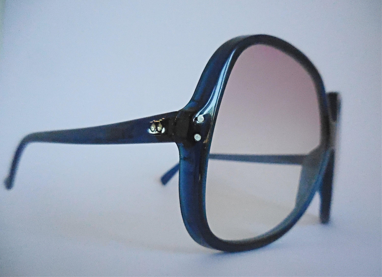 Oversized vintage sunglasses 70s sunglasses.