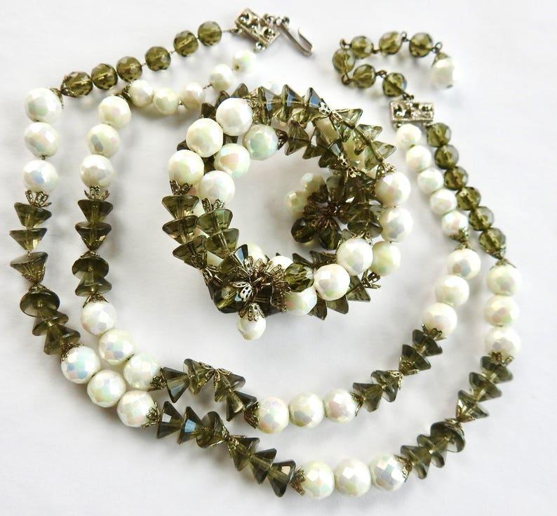 Hobe/' Necklace and Bracelet