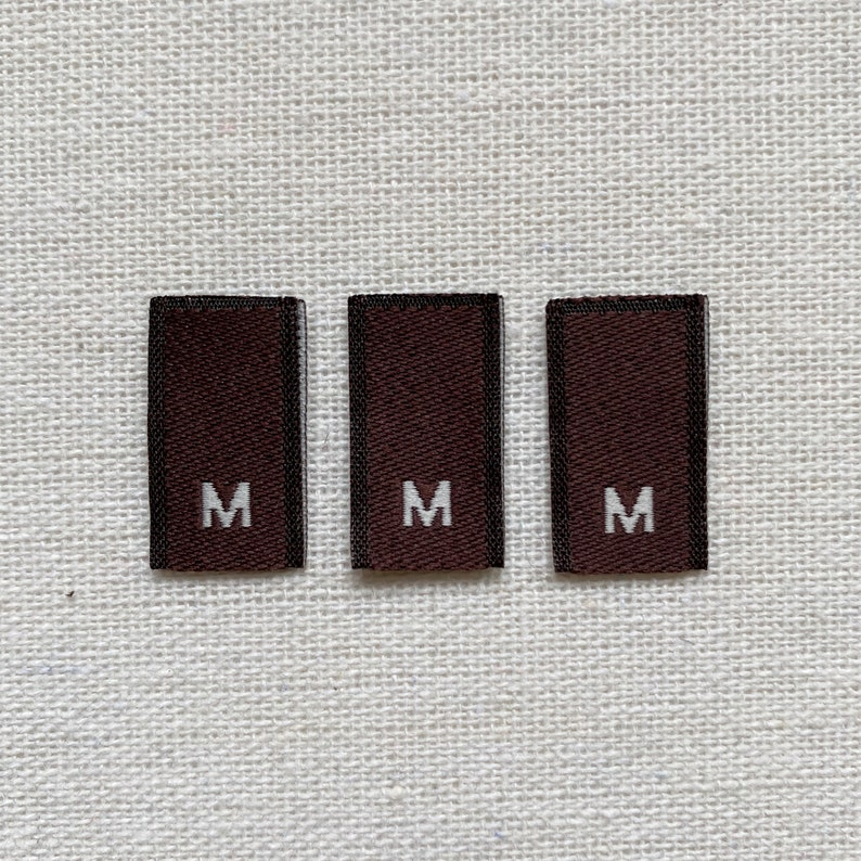Brown 25 Woven Size Labels