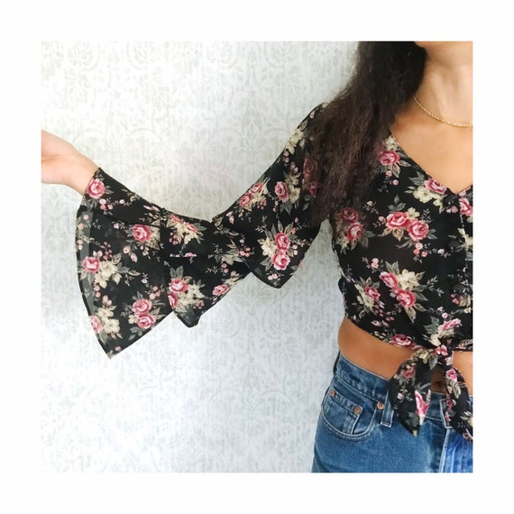 Vintage Floral Tiered Ruffle Sleeve Peasant Shirt… - image 2