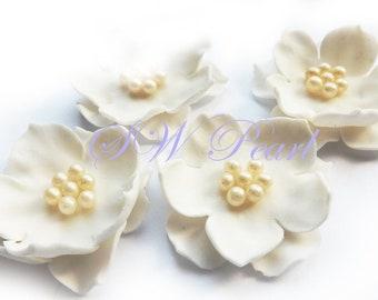 Sugar flowers etsy white elegant sugar flowers set with pearl balls edible cake cupcake toppers wedding anniversary birthday mightylinksfo