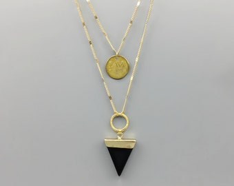 Black Onyx Arrow Pendant Necklace With Gold Coin