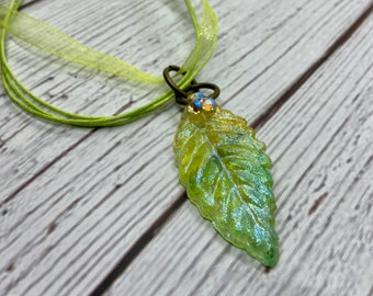 journal serpentine elven jewelry tolkien wicca Bohemian earrings Leafs nature Elf tree