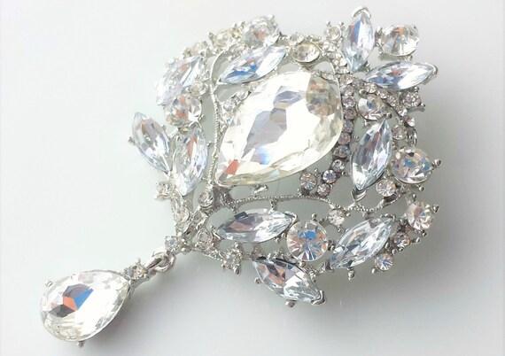 UK SILVER TONE FAUX PEARL RHINESTONE CRYSTAL PEACOCK BROOCH WEDDING BRIDAL PARTY
