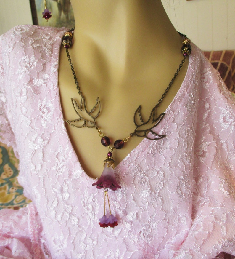 Beautiful Victorian Style Trumpet Flower Necklace and Earring Set **OOAK **