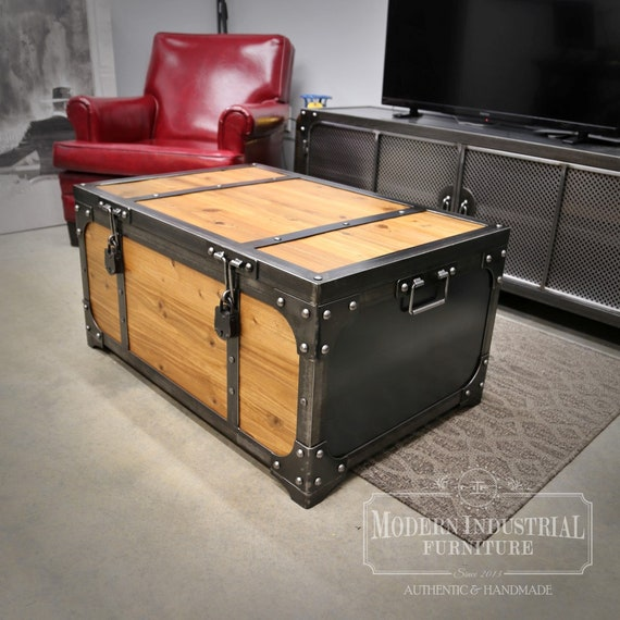 Stupendous Industrial Steamer Trunk Coffee Table Pdpeps Interior Chair Design Pdpepsorg