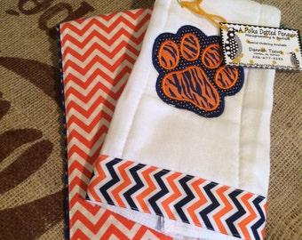 Auburn burp cloth set