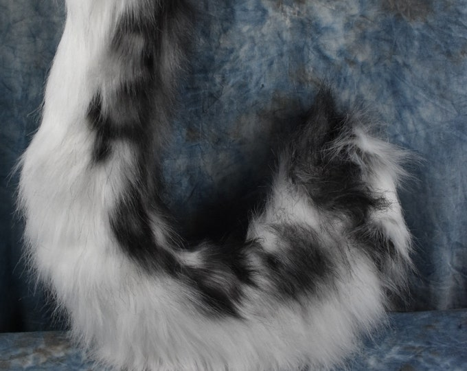 Airbrushed Snow Leopard Tail