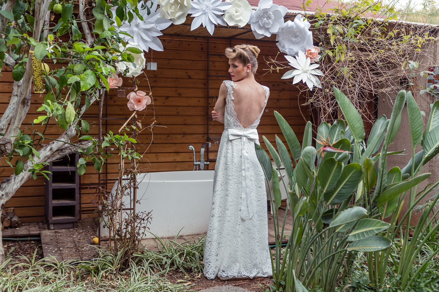 Low Back Lace Wedding Gown: Low Back Wedding Dress Low Back Lace And Pearls Wedding
