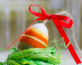 Egg Easter Spring Decor Ornament Needle Felted Egg Decoration with lines Cottage Home Decor spring table decoration ornament Christian