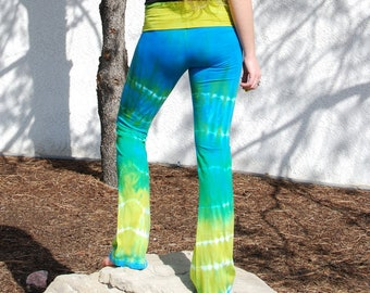 Keylargo Tie Dye Yoga Pants - Blue and Green Tie-Dye Lounge Pants - Sustainable Natural Cotton Yoga Clothing - Size Large