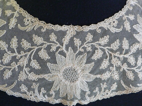 Victorian Edwardian Beige Net Lace Collar Limeric… - image 5