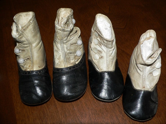 2 Pairs of Antique Child's Side Button Shoes, Anti