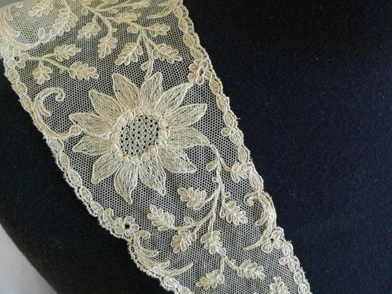 Victorian Edwardian Beige Net Lace Collar Limeric… - image 3
