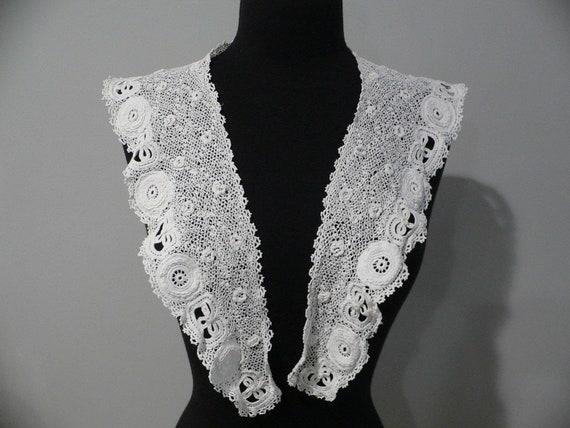 Antique Irish Crochet Lace Collar