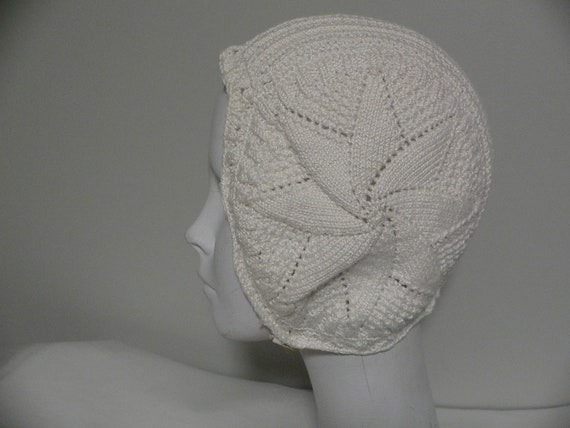 Vintage 1930's White Knit  Hat Teen / Ladies Knit