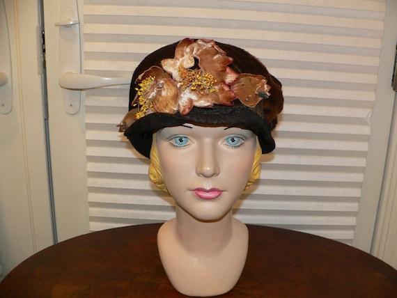 1920's Cloche / Brown Winter Plush Cloche Trimmed