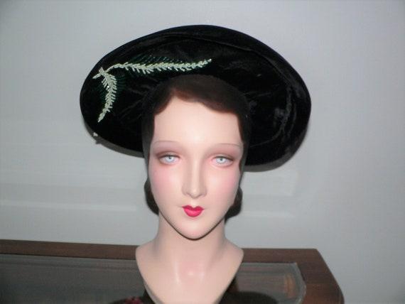 1940's Black Velvet Hat with Green Beading and Tas