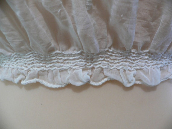 1920's Hungarian White on White Embroidered Blouse - image 5