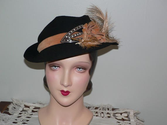 1930s- 40s Slouch Fedora Hat Brown Felt with Tan V