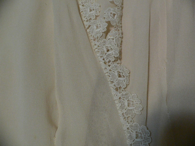 1920/'s Teen Girl/'s or XS Women/'s Beige Dress with Shawl Collar Lace and Ribbon Trim