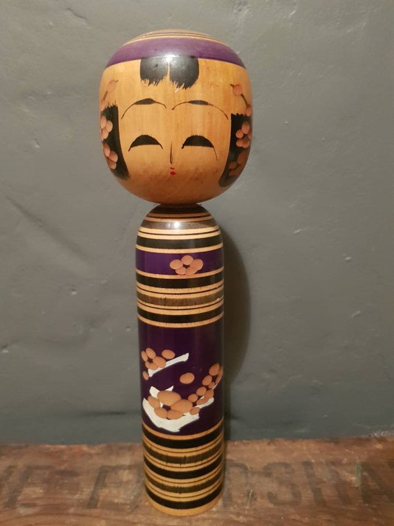 Vintage Japanese Kokeshi - 'Wooden Doll' - Traditional Art Doll