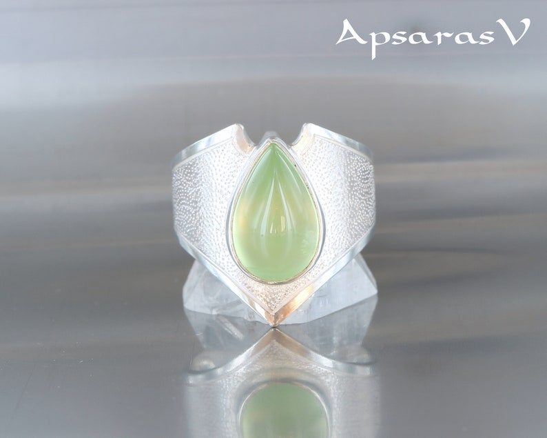 natural green stone handmade Prehnite ring quality made jewelry elven ring for her size 6,75 sterling silver 925 one of a kind