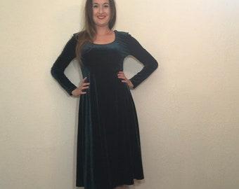 5e3182501f5 Velvet green dress | Etsy