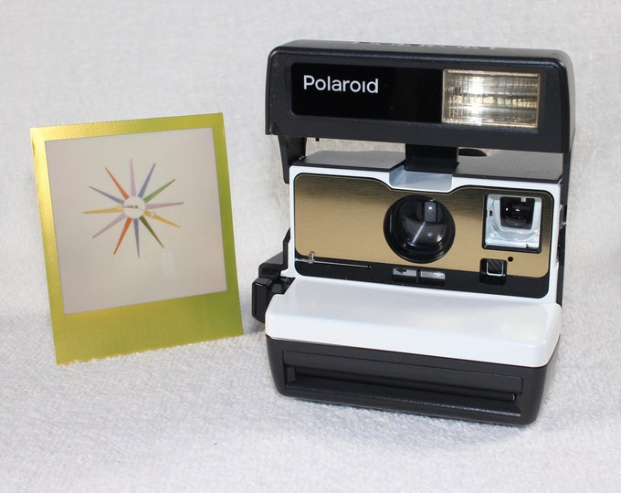 White with Brushed Gold Front Tested Polaroid 600 OneStep With Close Up And Flash Built-In