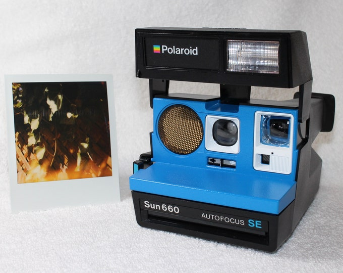Polaroid 660 AutoFocus SE - Upcycled Blue and White - Cleaned, Tested and Ready for Fun