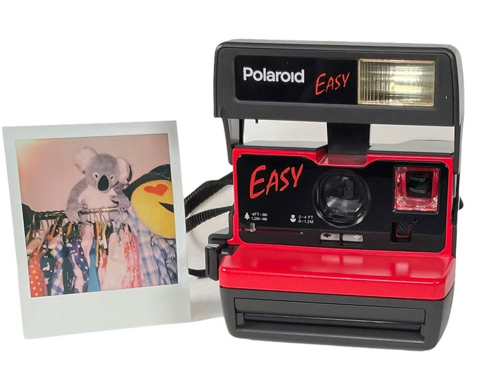 """Red Polaroid """"Easy"""" 600 OneStep With Close Up And Flash Built-In"""