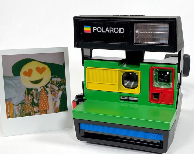 Polaroid Sun 640 with Primary Colors Upcycling - Refreshed, Cleaned and Tested