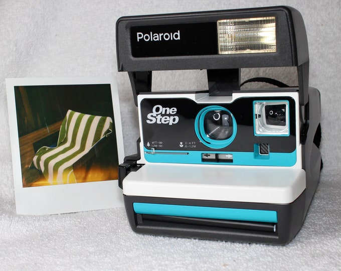 Upcycled White and Turquoise Polaroid 600 OneStep With Close Up And Flash Built-In - Ready To Use