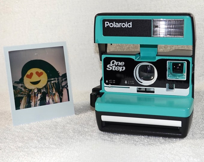 Upcycled Retro Green and White Polaroid 600 OneStep With Close Up And Flash Built-In - Ready To Use
