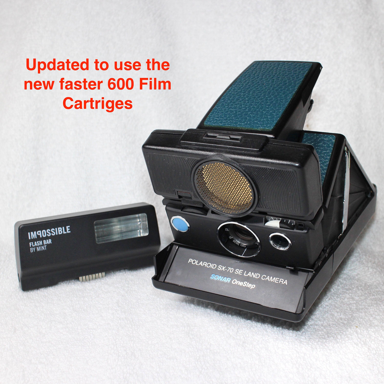 Rebuilt Polaroid SX70 Autofocus with New Mint Electronic Flash ... 939a39e37e