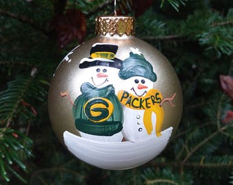 green bay packers family personalized snowman christmas ornament handpainted gift - Green Bay Packers Christmas Ornaments
