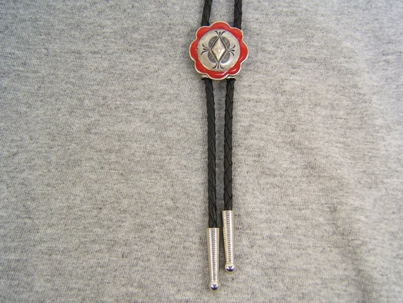 Indian Style Bear Bolo Tie Bolos Southwestern Western Festival Neckties Necklaces Tribal Pewter Jewelry Gift Idea for Her Him #80132-1