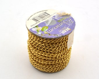 SALE - OPENED Bright Gold Aluminum Curb Chain - 6 x 3.6 mm - Beadsmith - AL63BG - approx 16 feet