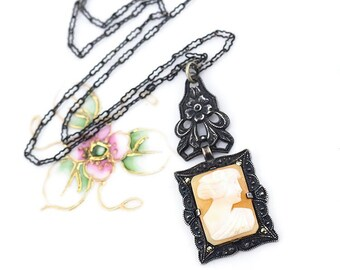 Cameo Necklace, Antique Necklace, Sterling Silver Necklace, Sterling Silver Cameo Necklace, Shell Cameo, Vintage Cameo Necklace, Profile