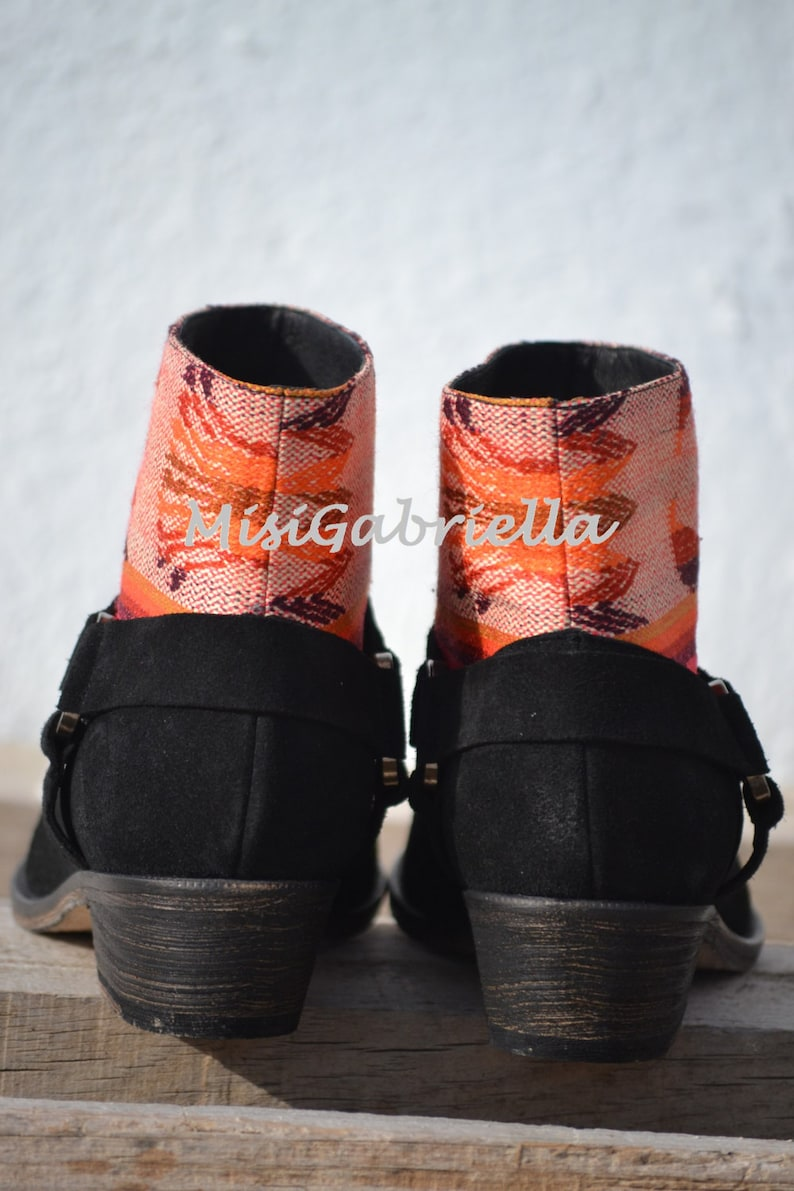 Black Boots Spanish Boots Ethnic Boots Sale....20/% off.......LEATHER ETHNIC BOOTS Size 37