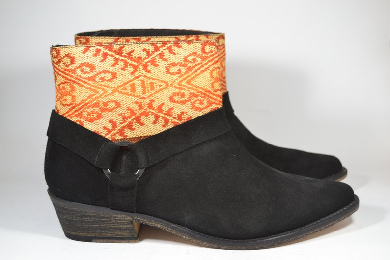 Size 38 Black Boots Sale ....20/% off.....LEATHER ETHNIC BOOTS Ethnic Boots Spanish Boots