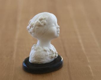 Hand sculped Art nouveau porcelain. Dollhouse miniature.