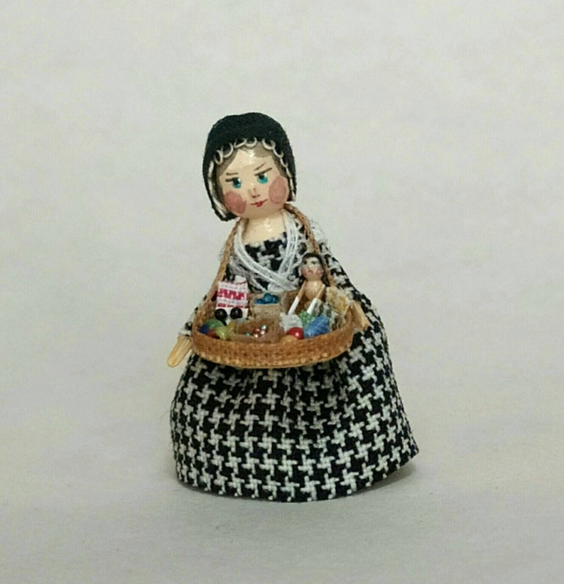 Miniature reproduction of the old Peddler dolls peg doll. image 0