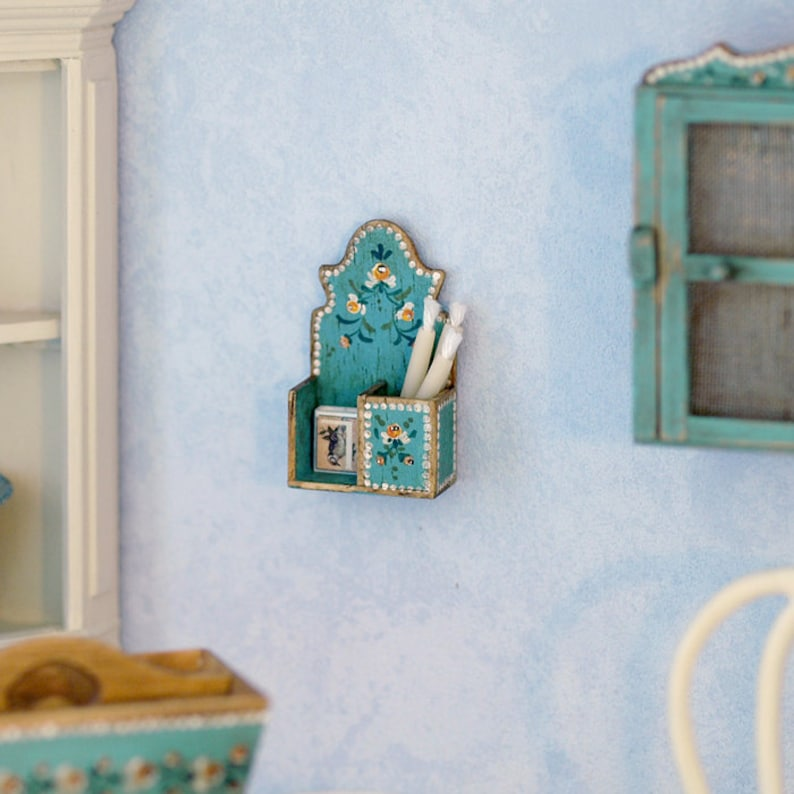 Polychrome candle box With candles and matchbox. image 0