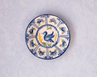 Miniature ceramic plate scale 1:12. Making handmade and painted by hand.