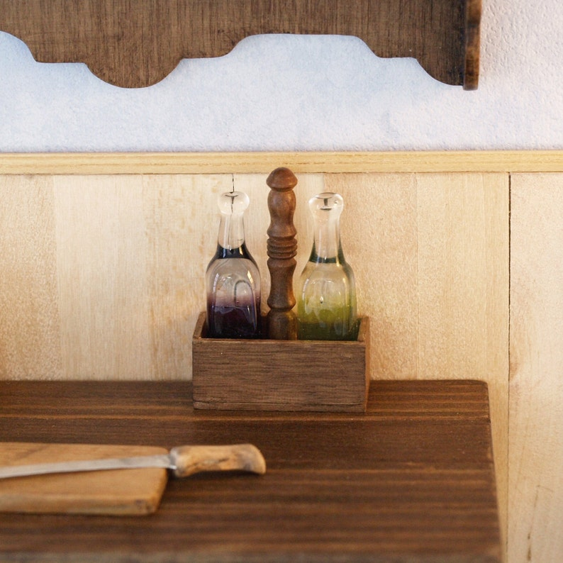 Box cruet in polished wood with blown glass cruet and oil image 0
