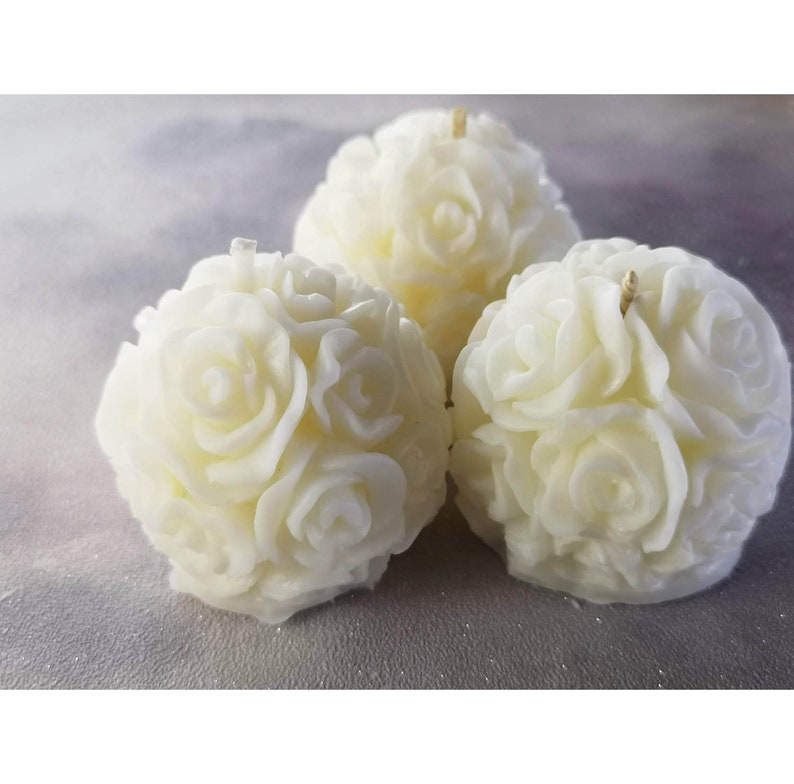 12 Wedding/Baby shower favour candles