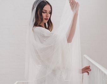 Juliet cap veil, Juliet veil, cap veil, boho veil, 1920s wedding veil, Kate Moss bohemian veil, English Net veil, soft long veil | FAITH