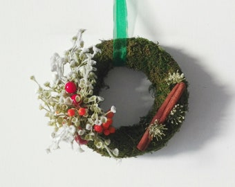 Cute small moss wreath with snowy flowers, moss Holiday decor, wall Christmas decoration, teacher gift,