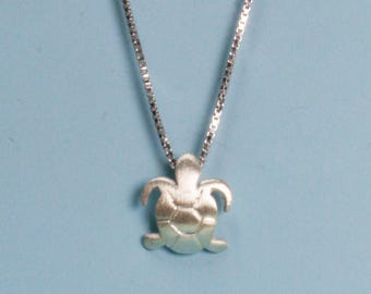 925 Silver Necklace with Seahorse Pendant